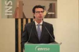 Soria recuerda a las eléctricas que el Estado también responde con sus avales al déficit de tarifa