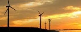 Salas salda su deuda con HC y Naturgas con las tasas de los parques eólicos