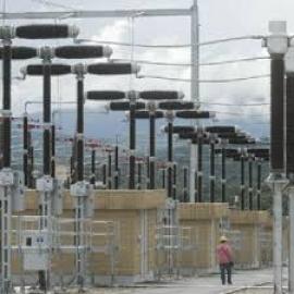 Los precios eléctricos presionan un 5% al alza la tarifa de luz de cara a la subasta del jueves