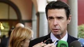 Soria: la parte de peajes de la factura eléctrica subirá en enero para pagar parte del nuevo déficit