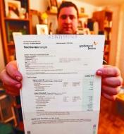 Recibe una factura de luz de 1.726 euros cuando paga al mes unos 40