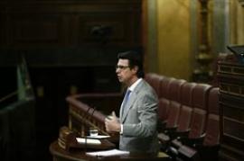 Soria dice que sin sus medidas se habría doblado el déficit tarifario