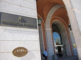 Iberdrola, Endesa y Gas Natural Fenosa pujan por el contrato de la luz del Ministerio de Fomento