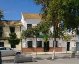 Cortan la electricidad al bar de la sede del PSOE de Guillena por impago y tener