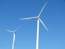 IU reclama al Ejecutivo autonómico que exija al Gobierno central que potencie la energía eólica en vez de penalizarla