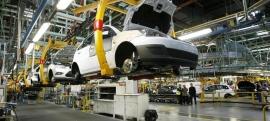 El automóvil se rebela contra el precio de la energía y pide comprarla fuera de España