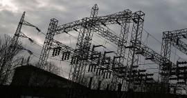 Los consumidores alertan contra las prácticas de las eléctricas para llevar clientes al mercado libre