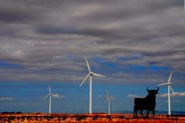 Energías renovables: Eólica reduce el precio 18 €/MWh y cubre el 25,6% de la demanda